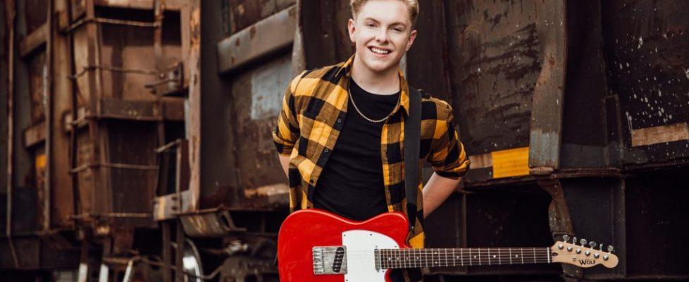 JustinMcCormick_press_guitar_LRG-scaled.jpg